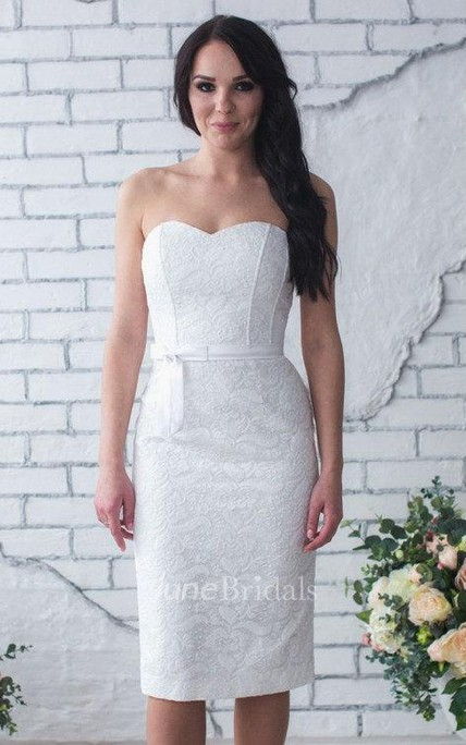 Sweetheart Short Sheath Lace Wedding Dress With Satin Belt
