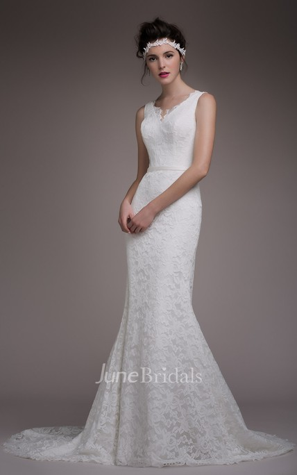 Dreaming Sheath Lace Sleeveless Wedding Dress With Lace-up/Corset Back