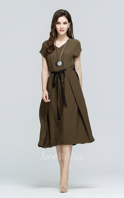 Two Tone Cap Sleeve A-Line Midi Dress with Belt