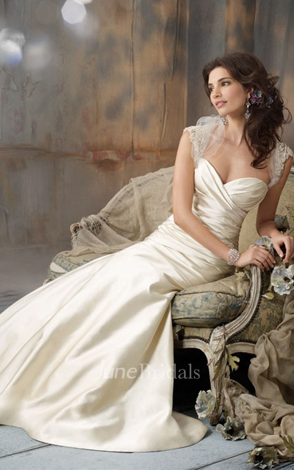 Noble Sleeveless Faced Satin Dress With Crisscross Ruching