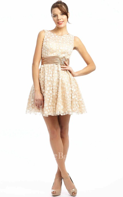 A-Line Short Scoop Neck Floral Sleeveless Tulle Prom Dress