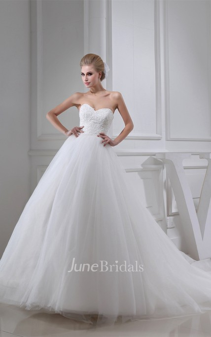 Sweetheart A-Line Ball Gown with Appliques and Tulle Overlay