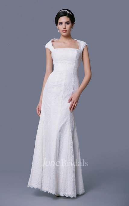 Cap-Sleeved Sheath Lace Dress With Square Neckline and Keyhole Back