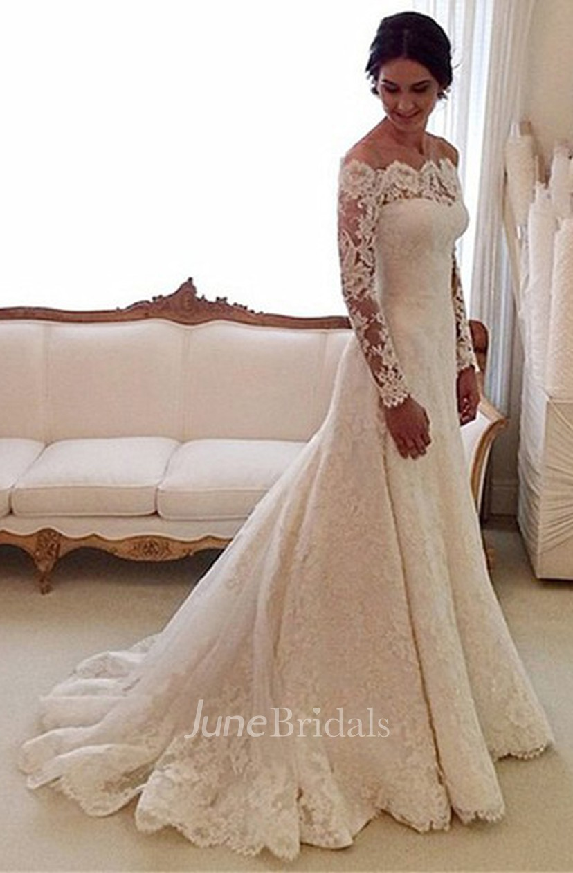 Vintage Off The Shoulder A Line Lace Gown With Pleats